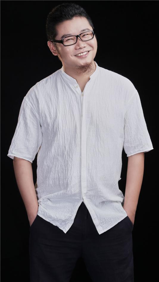 设计师胡东宇